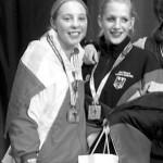 Marta Dąbrowska (po lewej) na podium wraz z WiceMistrzynią Świata - Jana Messerschmidt