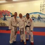 trener Janusz Harast z Juniorem Lefevrem oraz Mistrzem Świata Jordanem Thomasem z Anglii